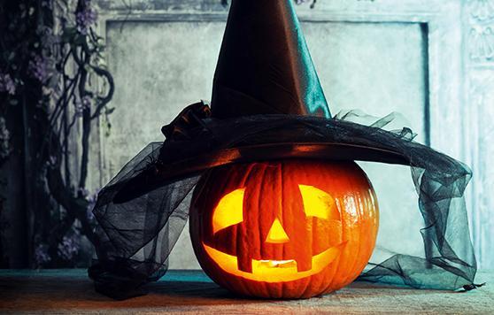 Importe Wochenenden2021_0006_halloween-decoration-P32UJ54.jpg